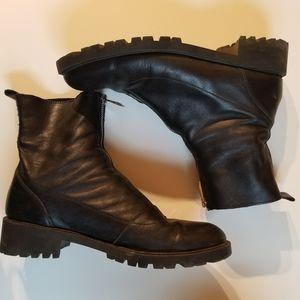 Z A R A// Zip up boots